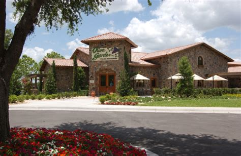 olive garden p r local restaurant operator investing m to open 8 olive garden eateries in p r