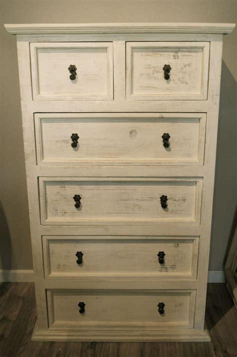 best dressers for bedroom best 25 dresser ideas on bedroom dresser decorating distressed bedroom