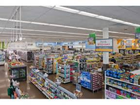 Lithonia Lighting Walgreens Replaces Traditional Lamps With Led Lighting