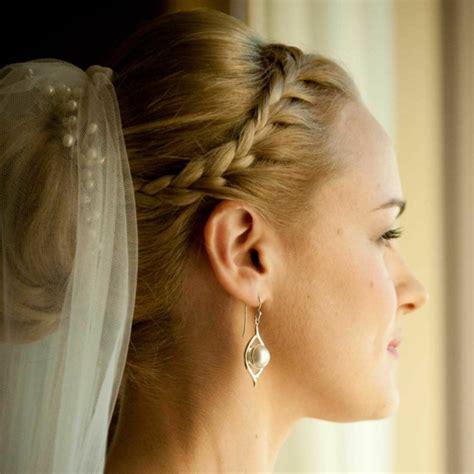 Brautfrisuren Mit Schleier Geflochten by Brautfrisur Geflochten Frisur Die Eleganz Und Klasse