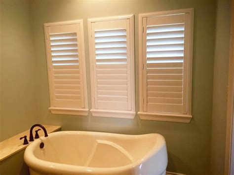 bathroom window covering ideas 179 best bathroom window covering ideas images on
