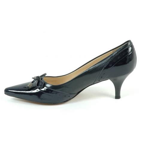 kitten heel shoes ploen womens kitten heel shoes in navy leather kitten