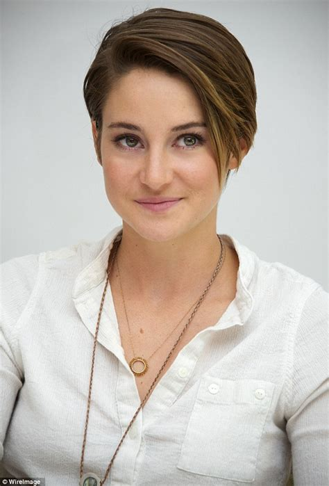 divergent short haircuts divergent star shailene woodley reveals the advice she got