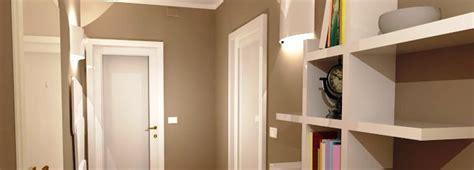 colore pareti ingresso corridoio quali finiture per pavimento e porte cose di
