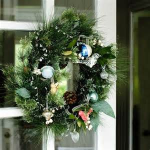 country christmas decorating ideas our pick of the best