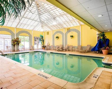comfort inn swimming pool pool picture of comfort inn suites hawthorne
