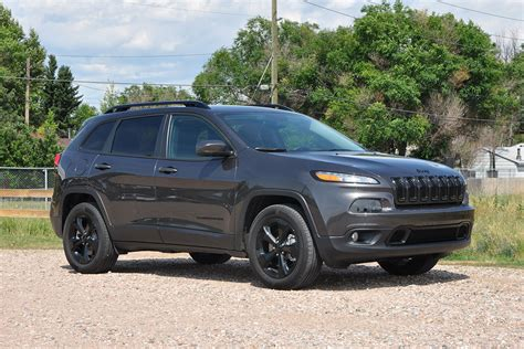 2016 jeep cherokee sport black rims 2015 jeep cherokee altitude 4x4 worthy of the name