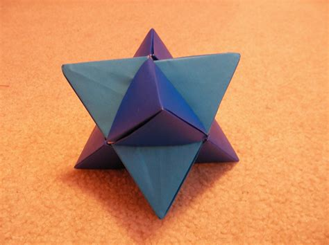 Origami Tetrahedron - origami tetrahedron 1 by annelicyambl on deviantart