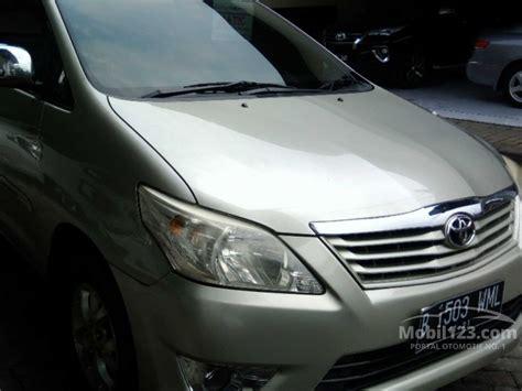Dompet Stnk Mobil Fortuner Innova 2 jual mobil toyota kijang innova 2011 e 2 0 di banten automatic mpv silver rp 139 000 000