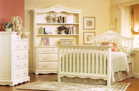 Munire Chesapeake Classic Crib by 85 Munire Chesapeake Classic Crib Charming Crib In White Theme By Munire For Nursery