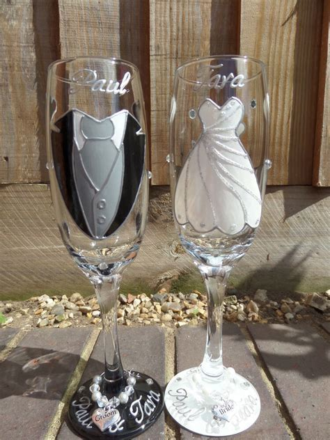 Personalised hand painted Glass Champagne Flutes bride and