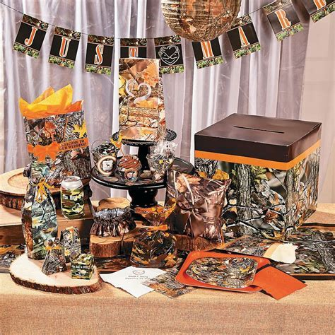 1000  ideas about Camo Wedding Decorations on Pinterest