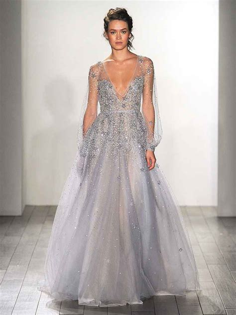 hochzeitskleid hellblau 20 dreamy blue wedding gowns