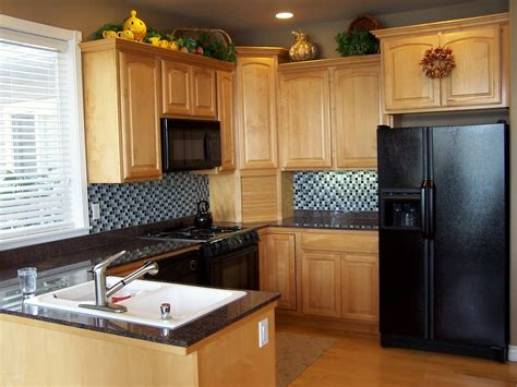 Kitchen Design For A Small Space Kitchen Ideas For Small Spaces Dgmagnets
