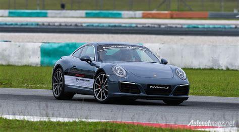 Porsche Driving Academy by Porsche Media Driving Academy 2017 Porsche 911 S