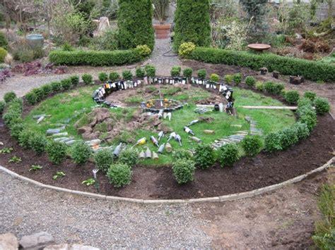 Circle Garden by Circle Garden Design Garden Design 25