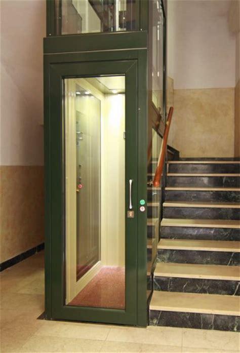 mini ascensore interno ascensore per disabili esterno savona ab