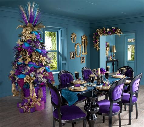 christmas table decorations with glamorous purple