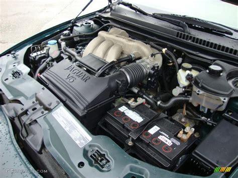 jaguar  type   liter dohc  valve  engine photo  gtcarlotcom