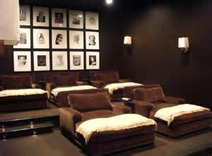 Home Movie Room Decor by Decorating A Stylish Amp Comfy Movie Room