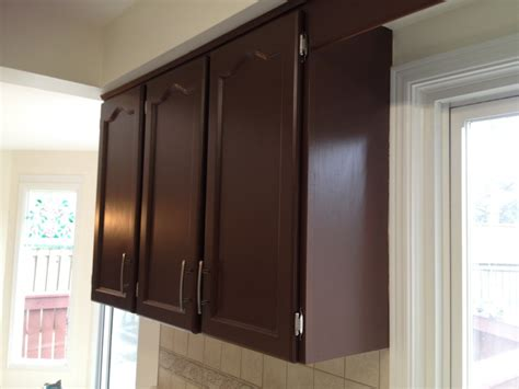 Glossy Cabinets by Glossy Painted Kitchen Cabinets After In Spray Painting
