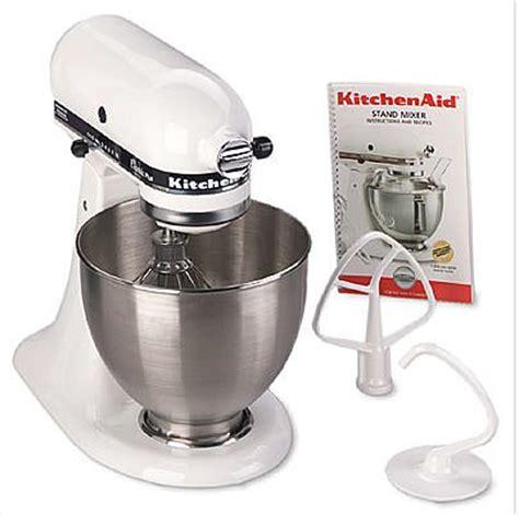 LoveMakingDough: Universal Bosch Mixer Vs. KitchenAid Mixer
