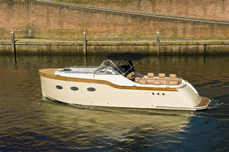 weekend motorjacht huren varen in friesland vertrouwd een boot huren bij maran