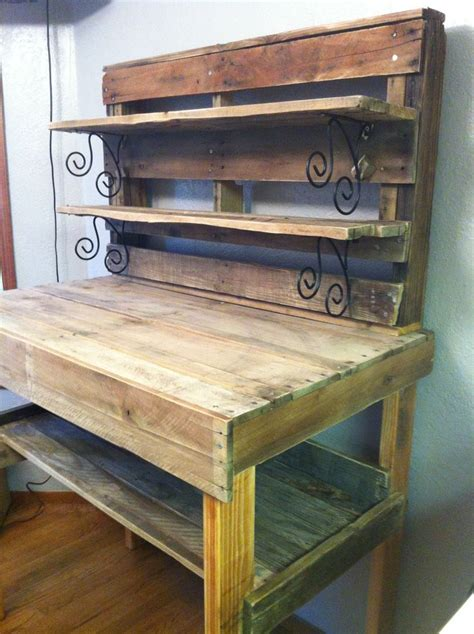 pallet work bench 13 best images about pallet work table on pinterest stains upcycled garden and