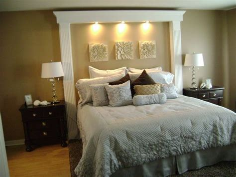 Custom Headboards For King Beds by Best 25 King Size Headboard Ideas On Diy King