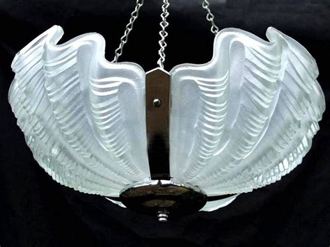 English 1930s Art Deco White Opaque Shell Ceiling Light Deco Lighting Pendants