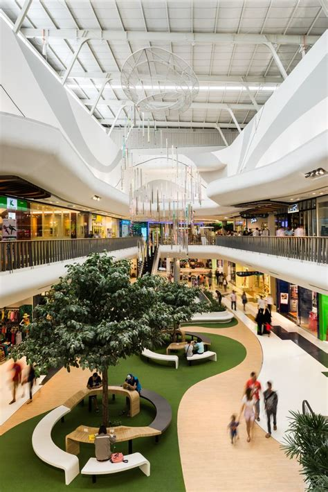 Interior Design For Shopping Mall by Best 25 Shopping Mall Interior Ideas On