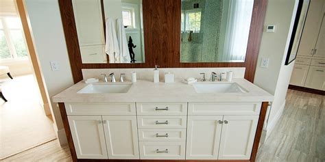 two tone bathroom cabinets two tone bathroom cabinets 28 images 32 quot haywood