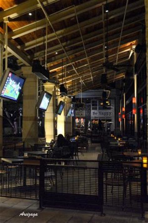 yard house san antonio con amigos picture of yard house san antonio tripadvisor