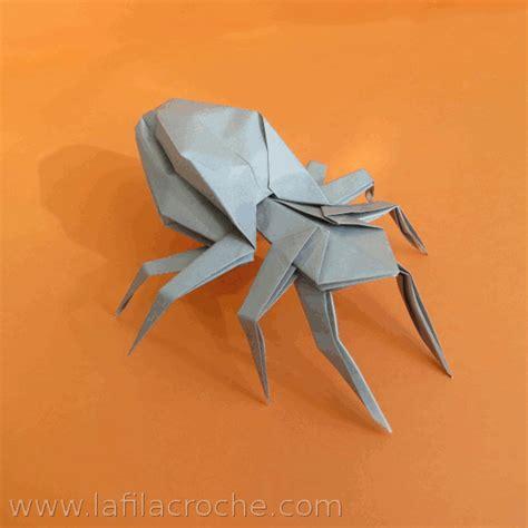 Folded Paper L - araign 233 e de papier la filacroche