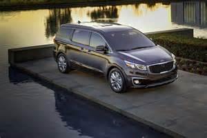 Kia Sedona Minivan New Kia Sedona Minivan Is More Stylish And Family Friendly