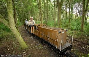Backyard Railroad by Pensioner Obsessed By Trains Forks Out 163 22 000 On His Own