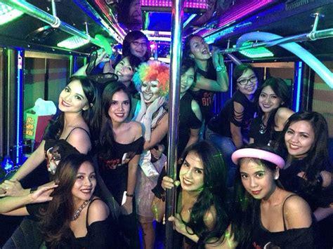 jakarta party bus    enjoy jakarta nightlife