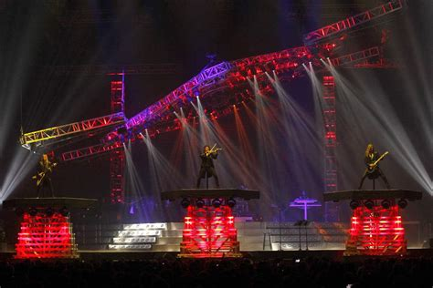 Trans Siberian Orchestra Rocks Toledo The Blade Siberian Orchestra Lights