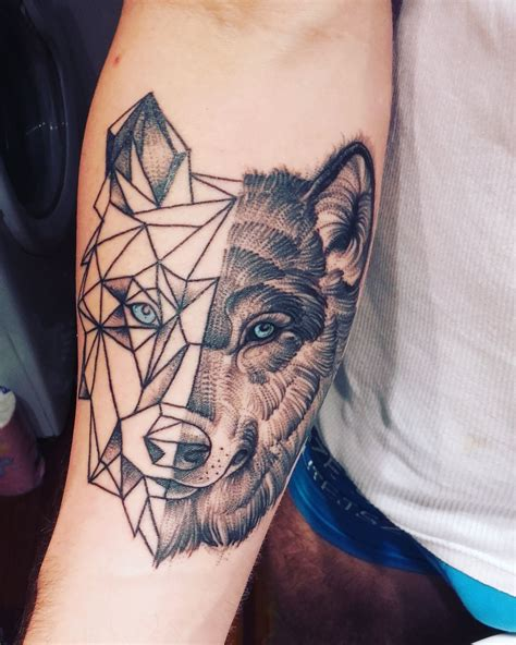 polygon tattoo my polygon wolf i m happy sport tatuaże