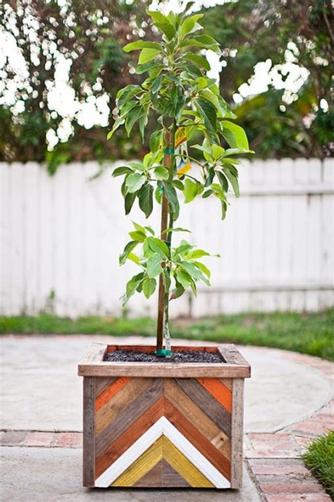 Build Wood Planter Box by 25 Diy Wood Planter Box Designs For Your Garden