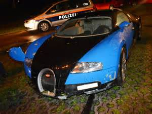 Bugatti Veyron Crashes These Bugatti Veyron Car Crash Photos Will Make You Want