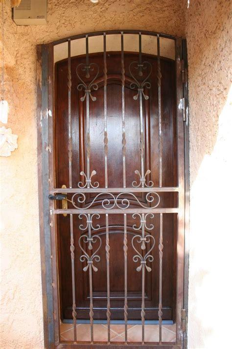 Decoration Des Portes En Fer by Les 25 Meilleures Id 233 Es De La Cat 233 Gorie Portes En Fer Sur