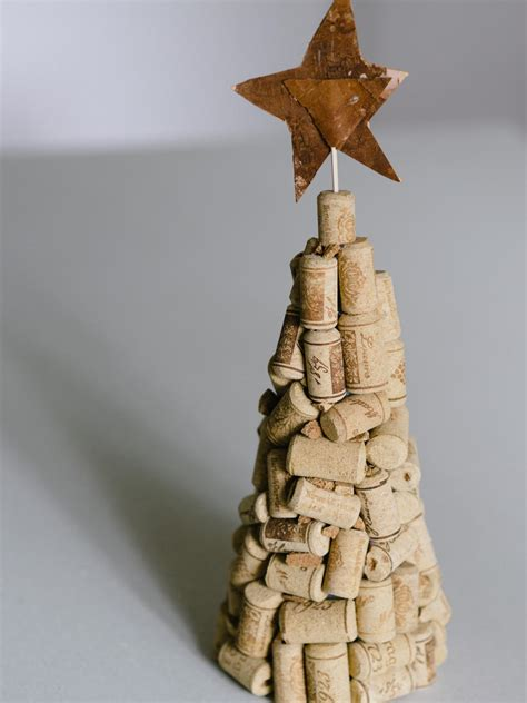 cork christmas tree gift ideas easy crafts and decorating gift ideas hgtv
