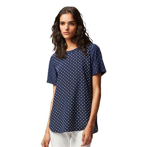 Blouse Wanita Navy Printed uniqlo printed sleeve blouse in blue navy lyst