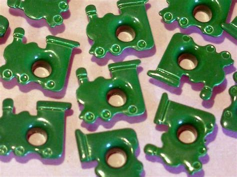 eyelets for paper crafts green eyelets embellishments scrapbooking paper