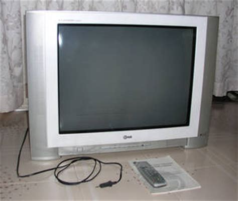 Tv Crt Flat 29 Inch Lg 29 Inch Crt Flat Screen Tv For Sale Singapore Region Singapore Free Classifieds Muamat