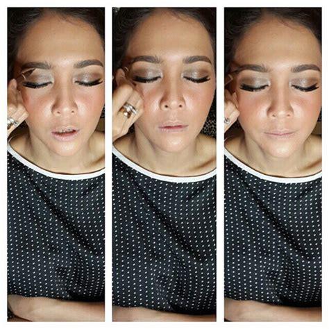 Make Up Bumiauw syahrini ini hasil hasil tangan ajaib di balik cetarnya make up para artis yang korea banget