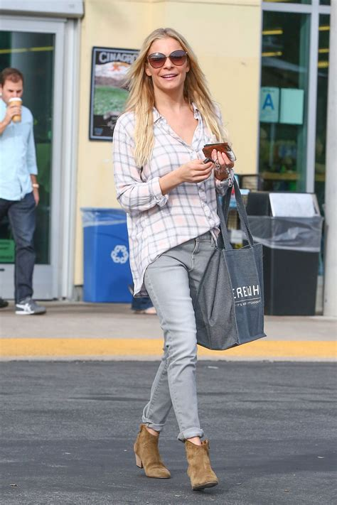 Style Leann Rimes by Leann Rimes Style Out Shopping In Los Angeles