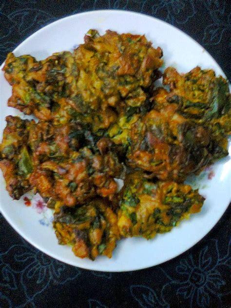 Malabar Kitchen Recipes by Easy Snacks Malabar Spinach Leaves Pui Pata Pakora