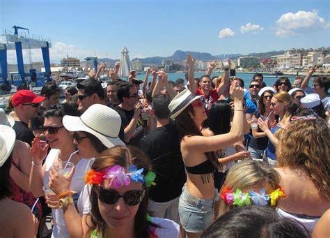 valencia boat party barco para despedidas en valencia escoge tu fiesta